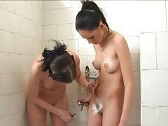 teen lesbians shaving pussy