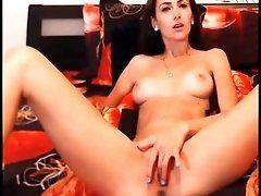 Amelia masturbating on cam