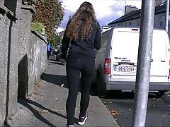 Candid teen ass in black leggings